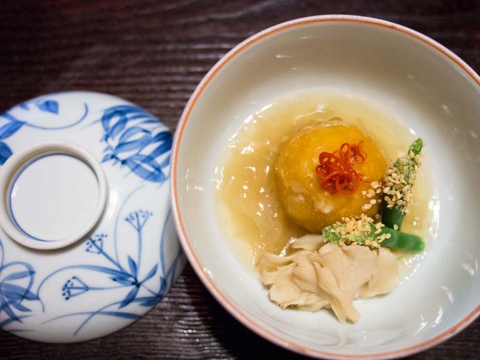 Boulettes de citrouille au restaurant végétarien Bon shojin ryori, Tokyo