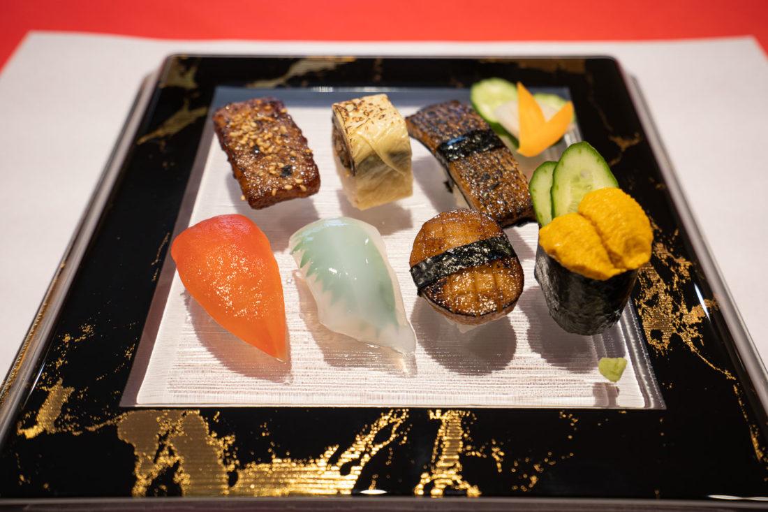 Sushi végétalien au restaurant végétarien Little Heaven à Kyoto