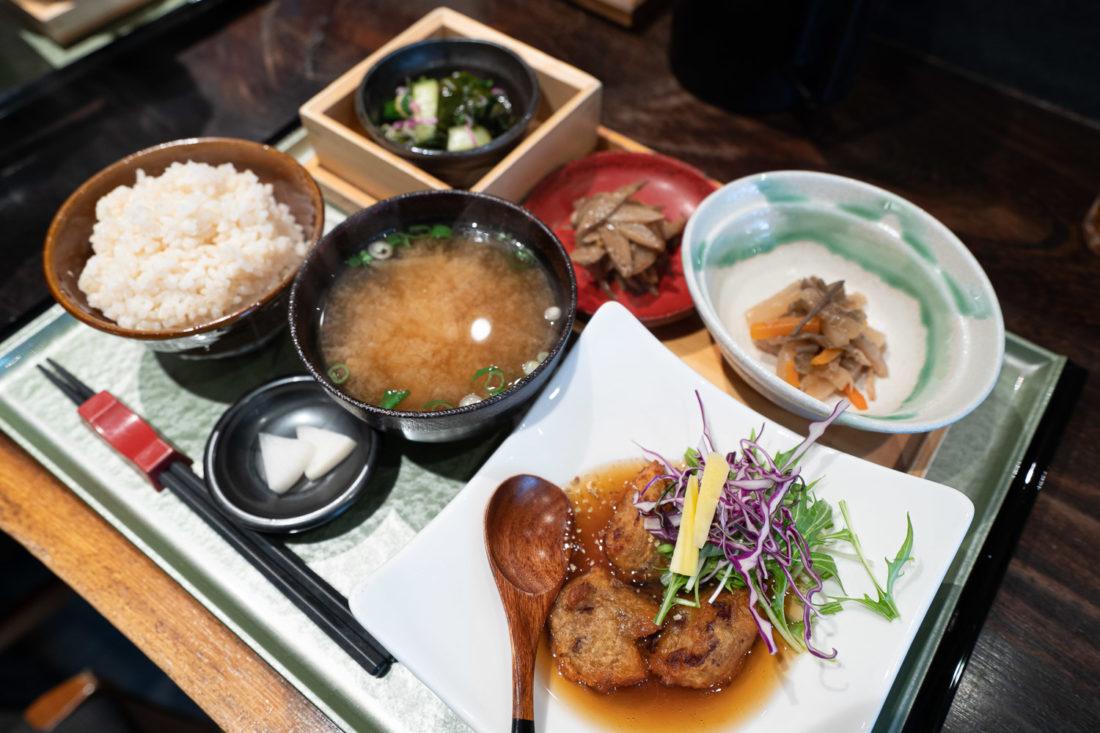 Le repas végétalien Rocca à Osaka