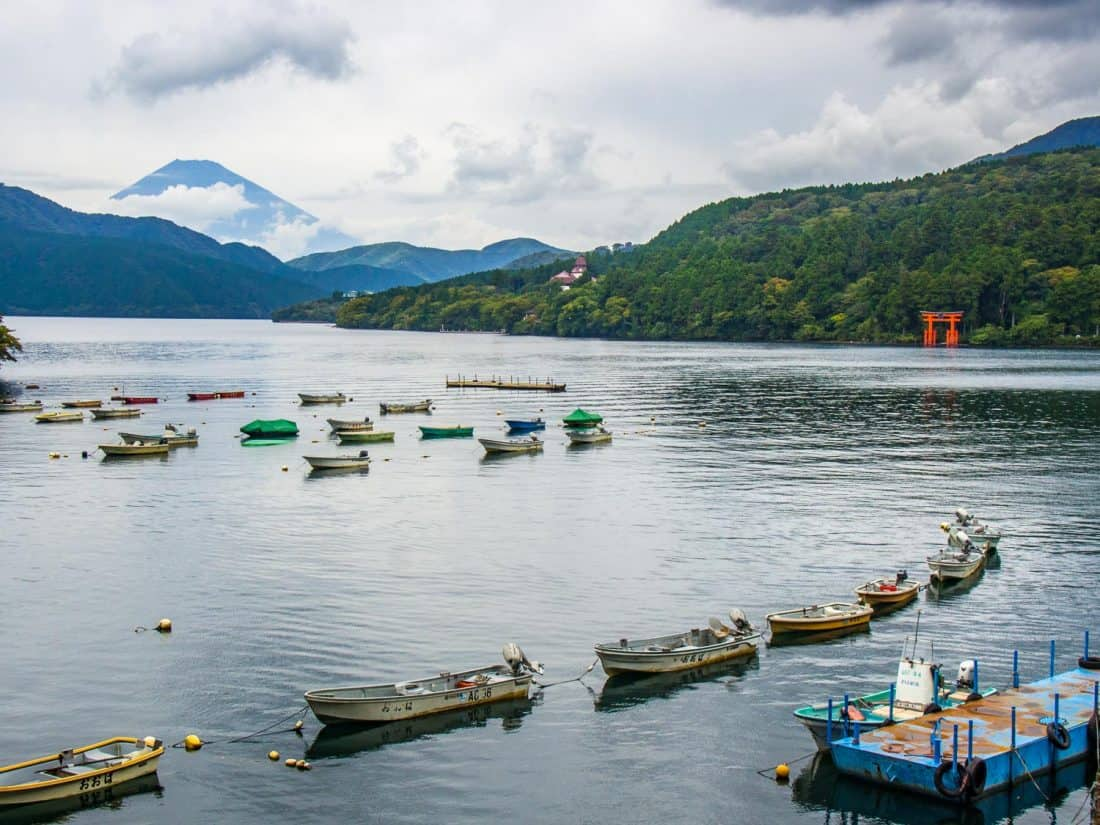 Le mont Fuji depuis le lac Ashi à Hakone, l'un des meilleurs endroits au Japon