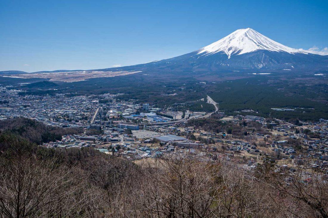 Vue sur le mont Fuji depuis le téléphérique de Kawaguchiko