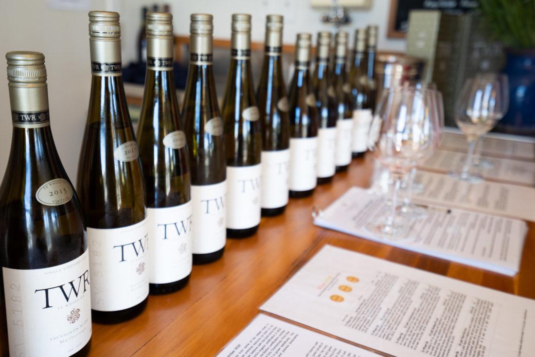 Vins disponibles pour dégustation au Te Whare Ra à Marlborough NZ