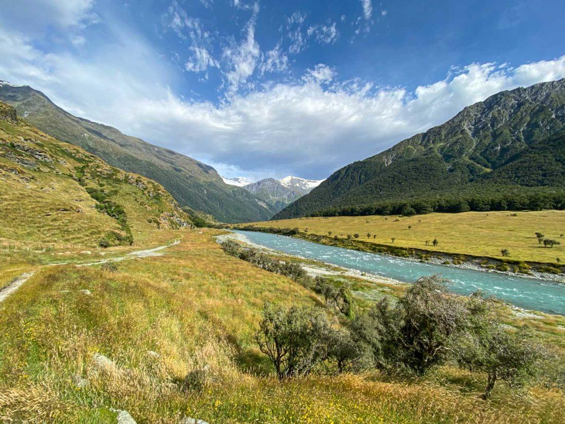 La vue sur une randonnée à Aspiring Hut dans le parc national du mont Aspiring, l'une des meilleures activités de Wanaka