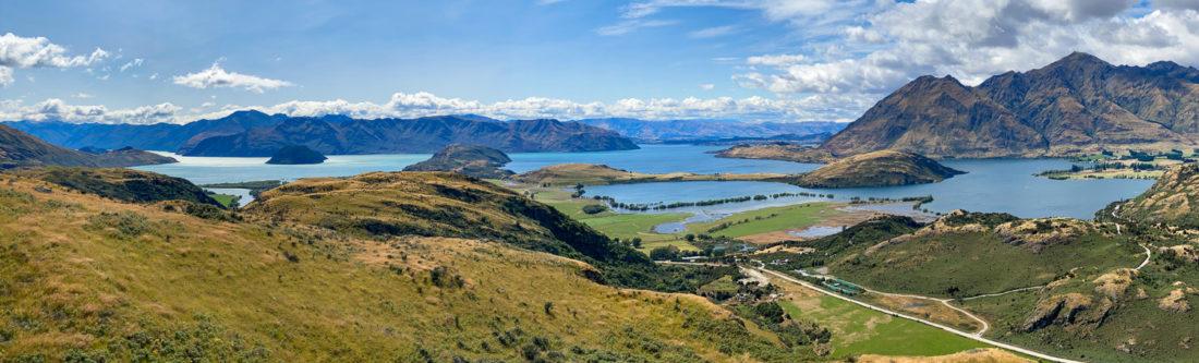 La vue depuis le belvédère du lac Wanaka dans la zone de conservation du lac Diamond, lac Wanaka