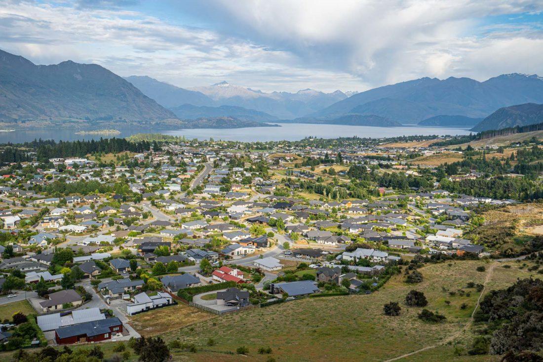 La vue depuis le mont de fer du lac Wanaka, Nouvelle-Zélande
